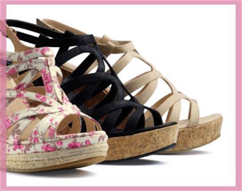 womens wedge sandals shoe zone
