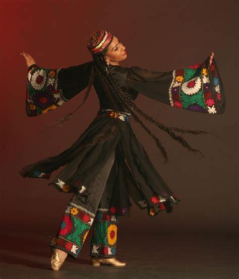 uzbek uyghur tajik traditional dance pinterest 17 best images about tajik traditional dance on pinterest