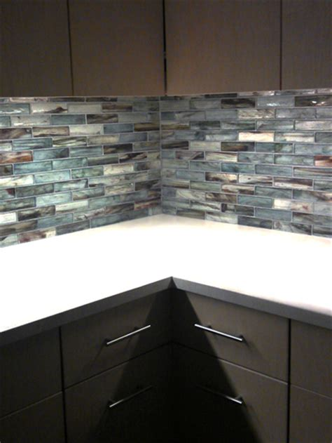 Mosaic Glass Backsplash Kitchen Zumi Glass Mosaic Backsplash Complete Tile
