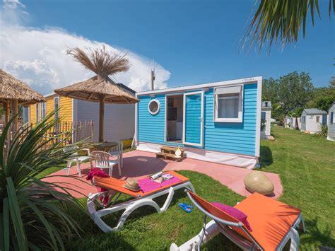 Cottage 2/3 personen 1 Kamer 1 badkamer met airconditioning 3 bloemen   Vias Plage   Wijk California