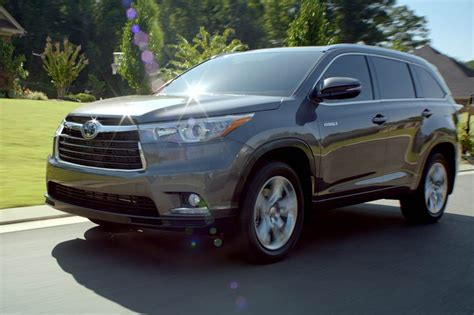 Used 2014 Toyota Highlander 2014 Toyota Highlander Reviews And Rating Motor Trend