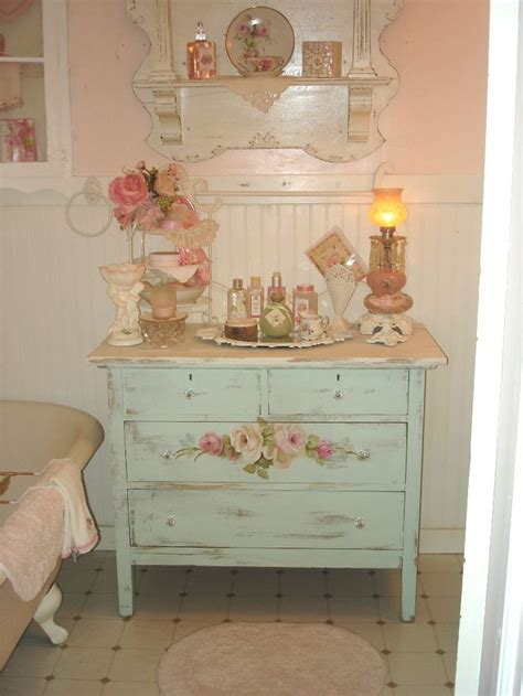 Shabby Chic Bathrooms Ideas | 28 lovely and inspiring shabby chic bathroom d 233 cor ideas