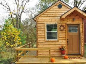 Tiny Home Cabin Tiny House On Or Wheels As A Writing Cabin