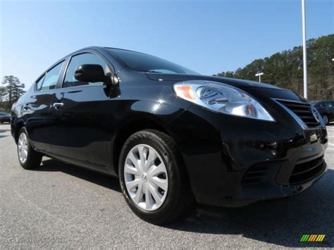 nissan versa black black 2012 nissan versa 1 6 sv sedan exterior photo