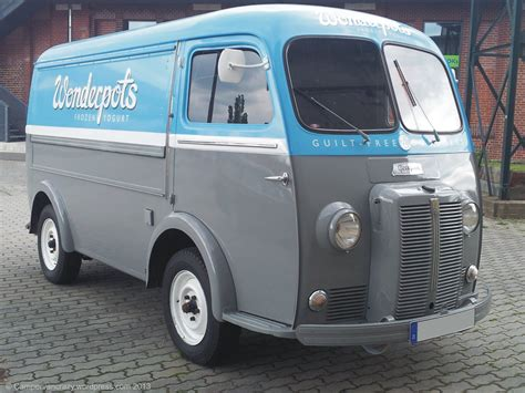old nissan van old van pictures on pinterest nissan toyota hiace and