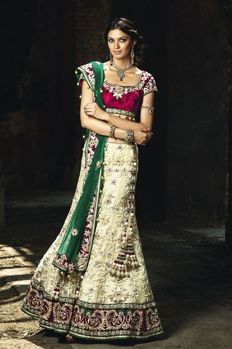 benzer world shop luxury indian wedding attire for women 1000 images about indian dresses jewelry on pinterest