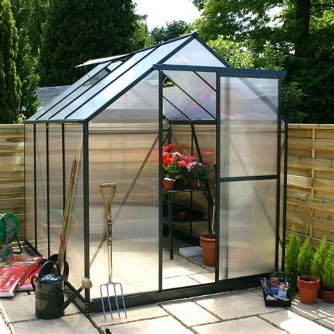 la serre de jardin en polycarbonate archzine fr