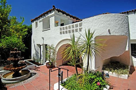 charlie sheen house charlie sheen s mediterranean style home in l a hooked on houses