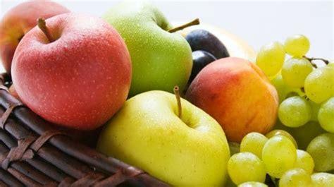 fruits  diabetics  diabetic friendly fruits