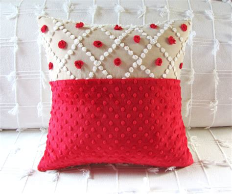 throw pillow ideas christmas decorating ideas 10 pretty holiday pillows