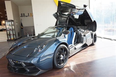 blue pagani pagani huayra blue carbon buy aircrafts