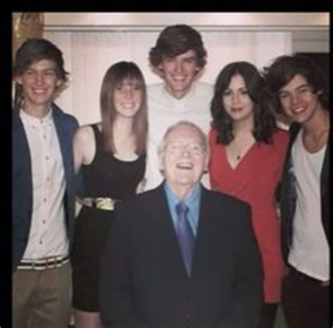 harry styles family biography 1000 images about styles family on pinterest gemma