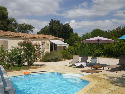 Friendly Cottages With Swimming Pool by Villa Oasis In Provence Provence Friendly Cottage With