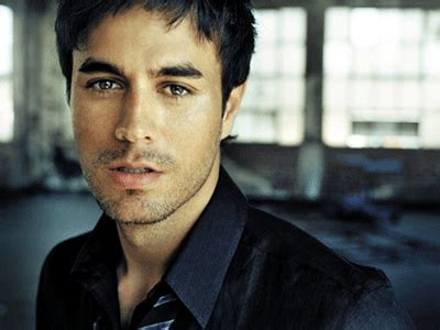 biography of spanish singers biography enrique iglesias famous people biography blog