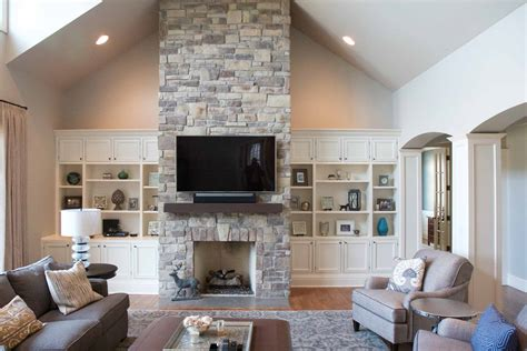 Fireplace Vaulted Ceiling by Fireplace Cathedral Ceiling Veneer