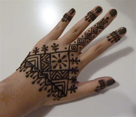 imagenes de tatuajes de jena dise 241 os de tatuajes de henna para manos dise 241 os de
