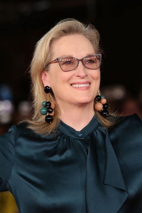 Meryl Streep Hairstyles by Meryl Streep Flip Shoulder Length Hairstyles Lookbook