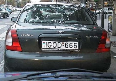 Silver Car Name Ideas by 30 Excellent License Plates Smosh