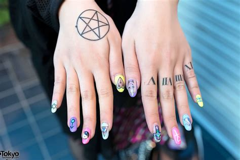 finger tattoo ying yang 32 best roman numerals tattoos for girls