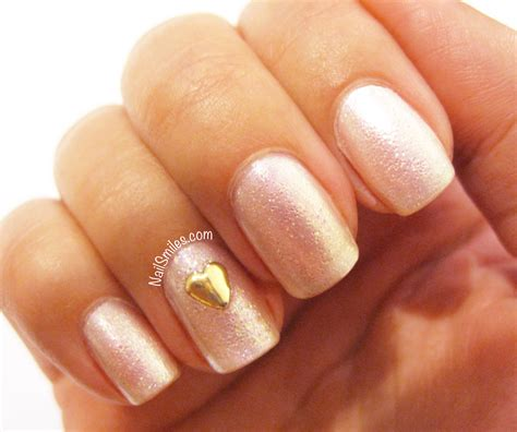 Manicure Di Nail Plus weekend wedding nails plus a refresh nail smiles