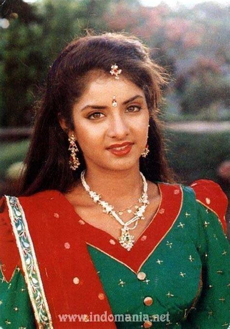 divya bharti biography in hindi com divya bharti divya bharti39s fan page divya bharti