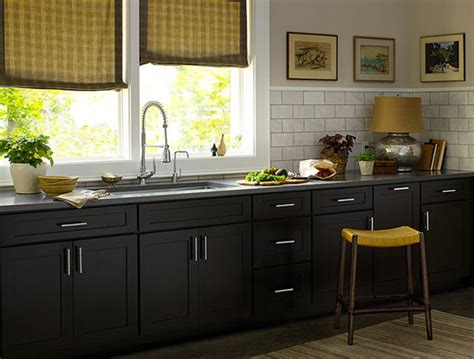 Dark Cabinet Kitchen Designs by Dark Kitchen Cabinets Design