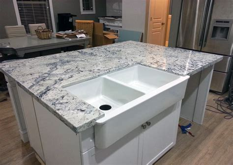 How To Do Tile Backsplash In Kitchen by White Ice Granite