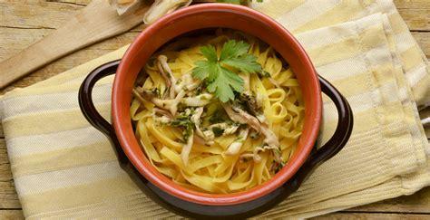 cucinare i cannolicchi pasta con i cannolicchi mercato ittico chioggia