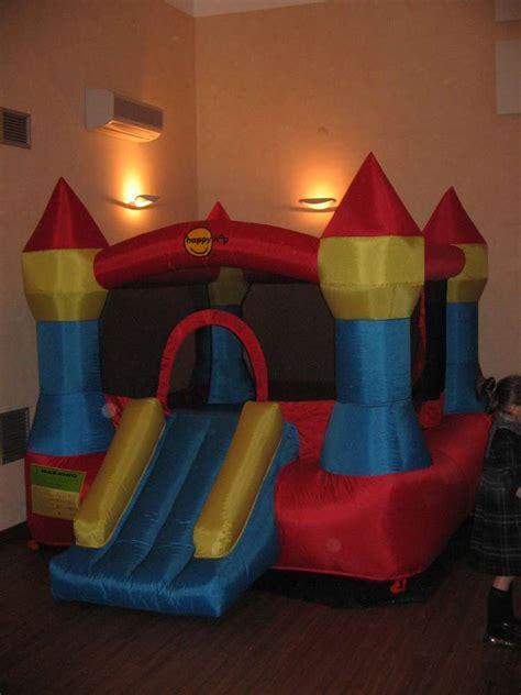 gonfiabili per interni i monelli feste in sala