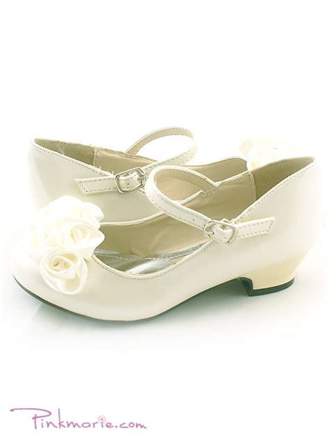 ivory childrens sandals flower sandals home 187 ivory roses ornamental flower