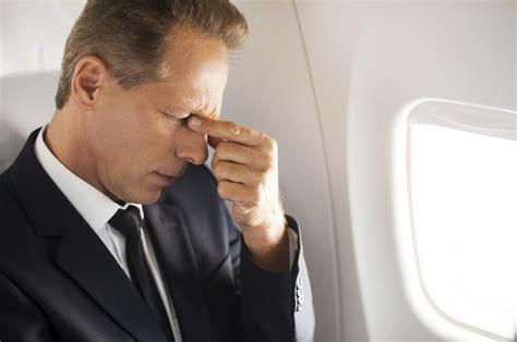 mal di testa mal di testa da aereo cause