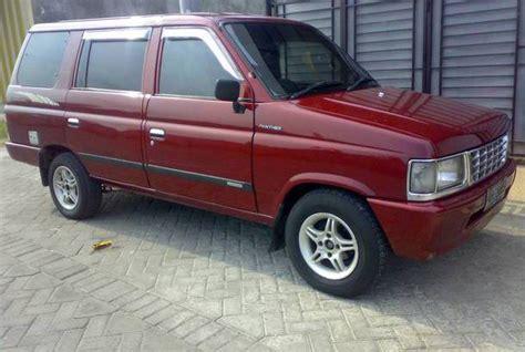 Panther Grand Royal 1997 dijual mobil bekas surabaya isuzu panther 1997