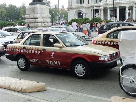 nissan tsuru taxi file nissan tsuru mexcio city taxi jpg wikimedia commons