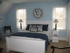 Cape Cod Style Bedroom by Popular Furniture Colors For 2015 Trend Home Design And