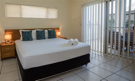 1 bedroom apartment cairns cairns city apartments cairns central accommodation