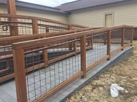 Build hog wire fence panels awesome homes affordable hog wire fence panels