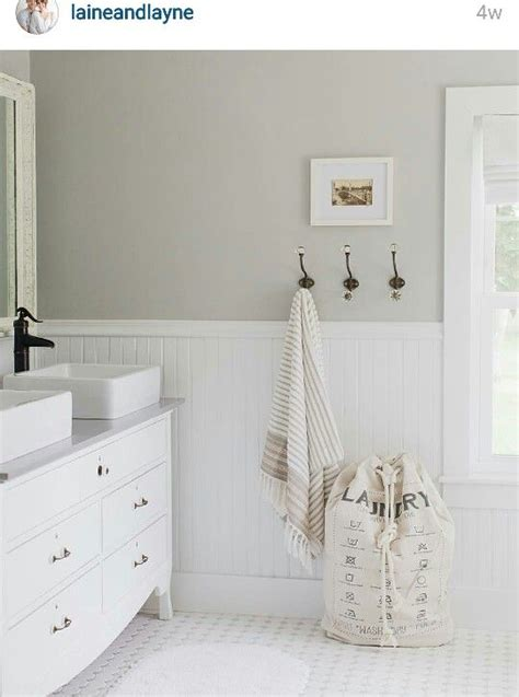 sherwin williams light gray paint gray bathrooms towels and the hook