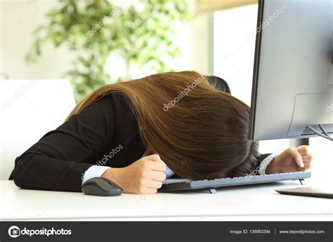 banging head on desk banging head on desk hostgarcia