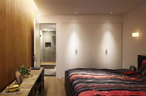 Warm Bedroom Design Simple Bedroom Warm Wooden Cladding With En Suite Interior Design Ideas