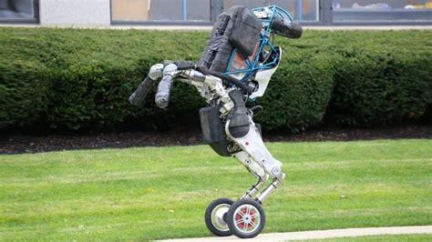 boston dynamics robot alphabet sells boston dynamics to softbank news opinion pcmag