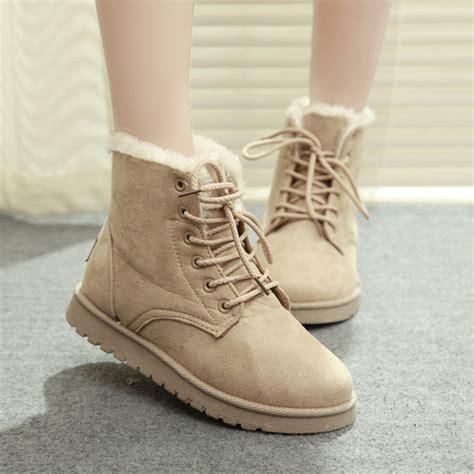 tips  keeping  feet  toes warm   winter