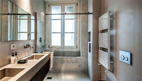 bagni in legno e pietra bagno rustico realizzato pietra e legno rustic design