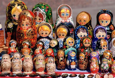 Souvenir Piring Pajangan Moscow Rusia best souvenirs to buy in russia