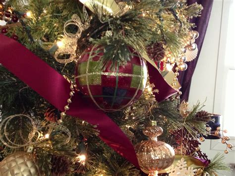 christmas burgundy gold and pearls burgundy gold tree by ribbonista farrar white may arts ribbon trees