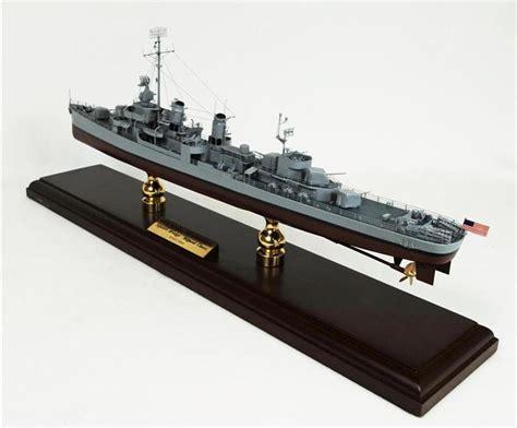 Kapal One Model Kit Kapal Garp War Ship Figure Garp Pokeball 2 ww2 destroyers ships images