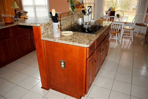 Kitchen Islands The Centerpiece Of A Functional Kitchen Kitchen Island With Cooktop And Seating