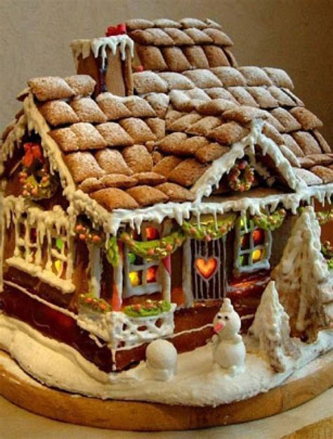 best gingerbread house the best gingerbread houses you have ever seen warm and gingery goodtoknow