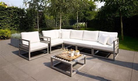 best outdoor couch choose the best outdoor lounge furniture the furnitures