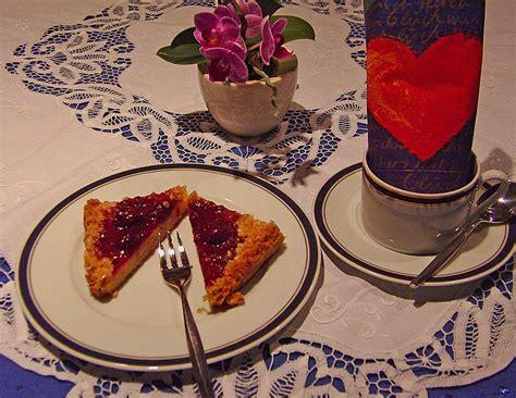 rote grütze kuchen rezept rote gr 252 tze kuchen vom blech rezept mit bild chefkoch de