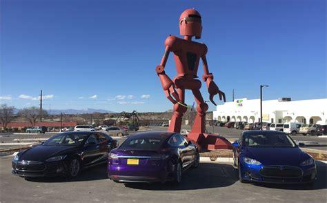 Tesla Motors Recent News George R R Martin Checks Out A Tesla Model X At Tesla